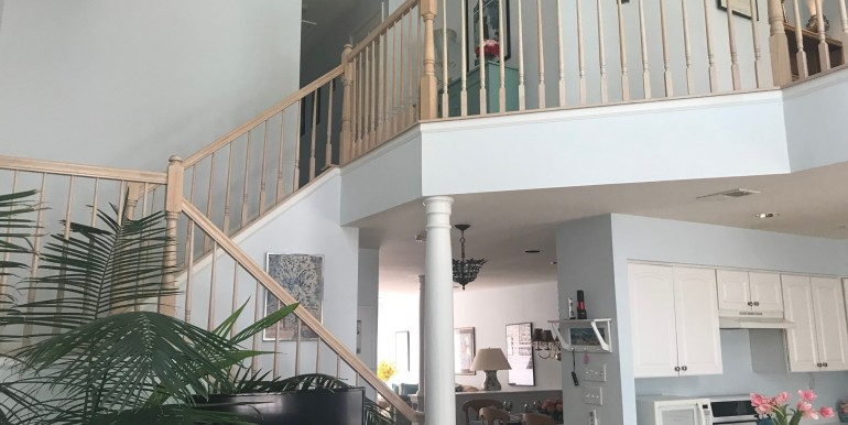 2 story stairs 600